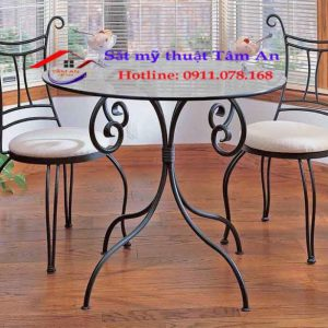 Bàn ghế sắt mỹ thuật đẹp BGTA 001