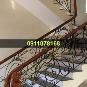 Cầu thang sắt mỹ thuật đẹp CTTA 025