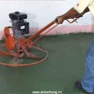 Thi công xoa nền bằng Sikafloor Chapdur Green