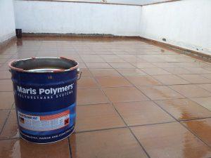 Thi công sơn chống thấm trong suốt không màu Maritrans MD