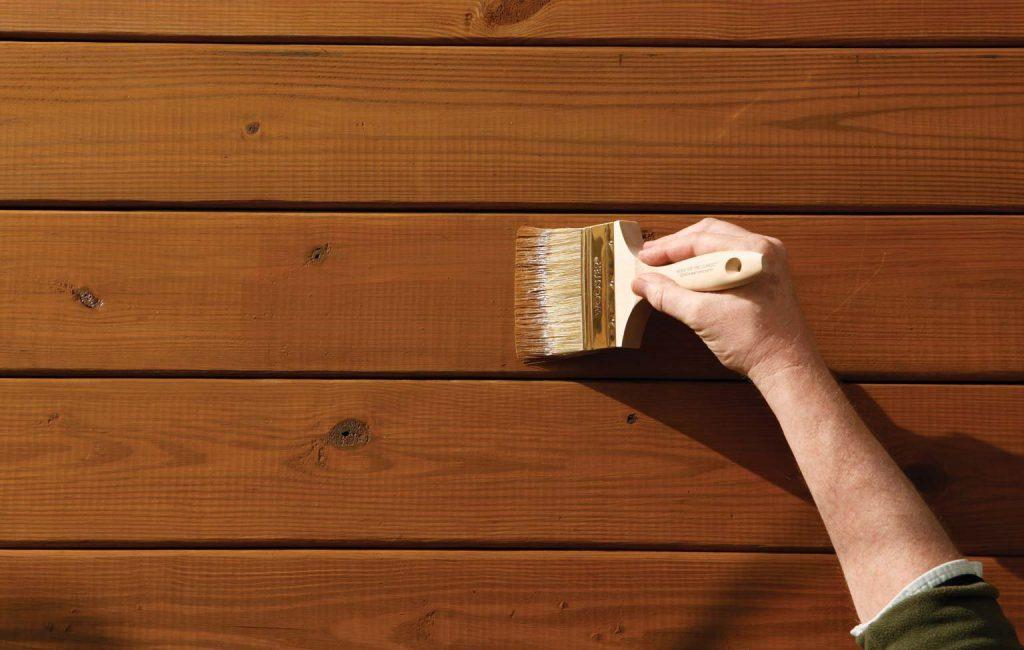 Sơn Nippon EA9 Paint Whiter Primer ứng dụng trên bề mặt gỗ