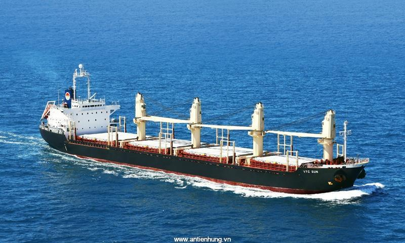Sơn nippon 1226 Epotar HB Black không thể thiếu cho những công trình ngoài biển