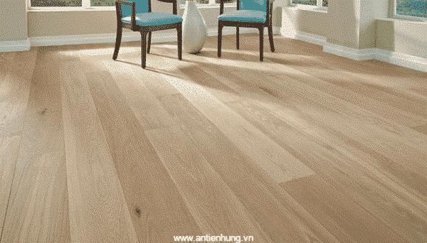 Hình ảnh sản sàn gỗ được sử dụng qua lớp sơn phủ màu T3