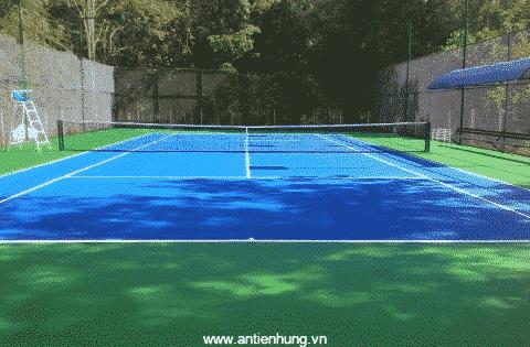 Chất phủ đệm sân thể thao, sân tennis TNA-gold có tác dụng chống thấm và tạo thành một lớp đệm mềm cho các sân thể thao