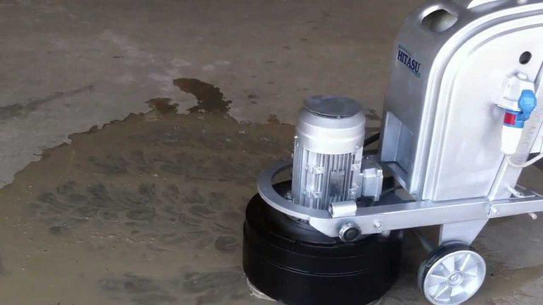 Làm cứng bề mặt nền sàn với máy mài và sikafloor curehard 24