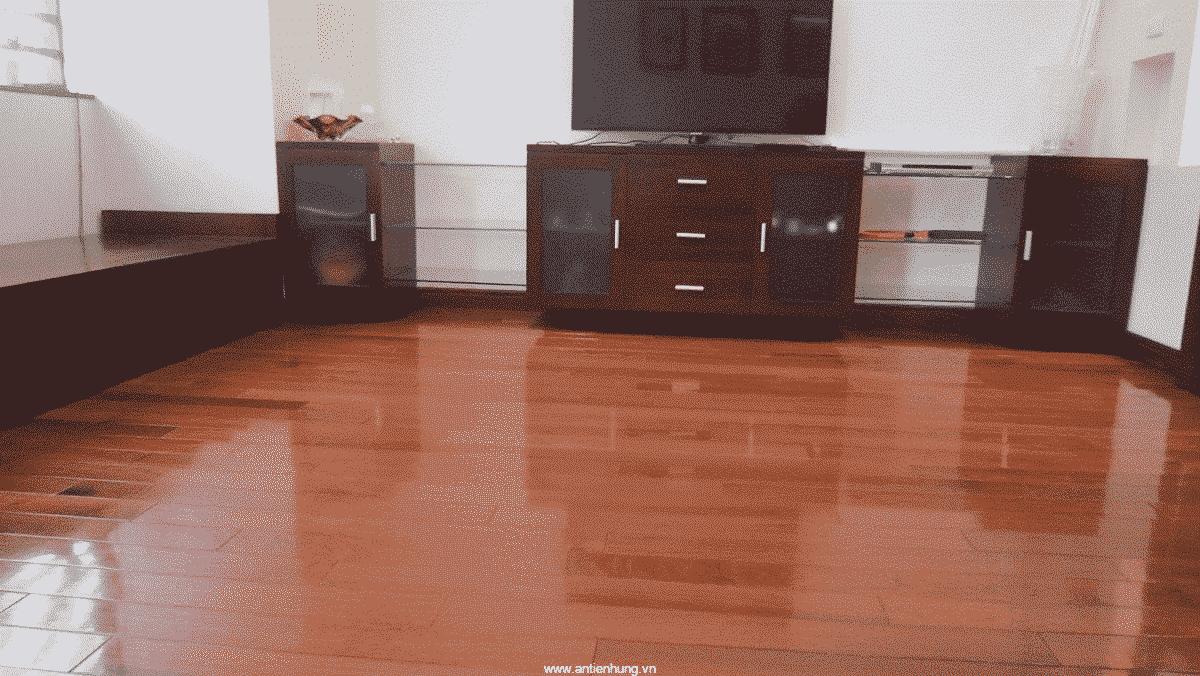 Sàn gỗ bóng mịn hơn nhờ sơn Jotun Alkyd Primer (20 lít)