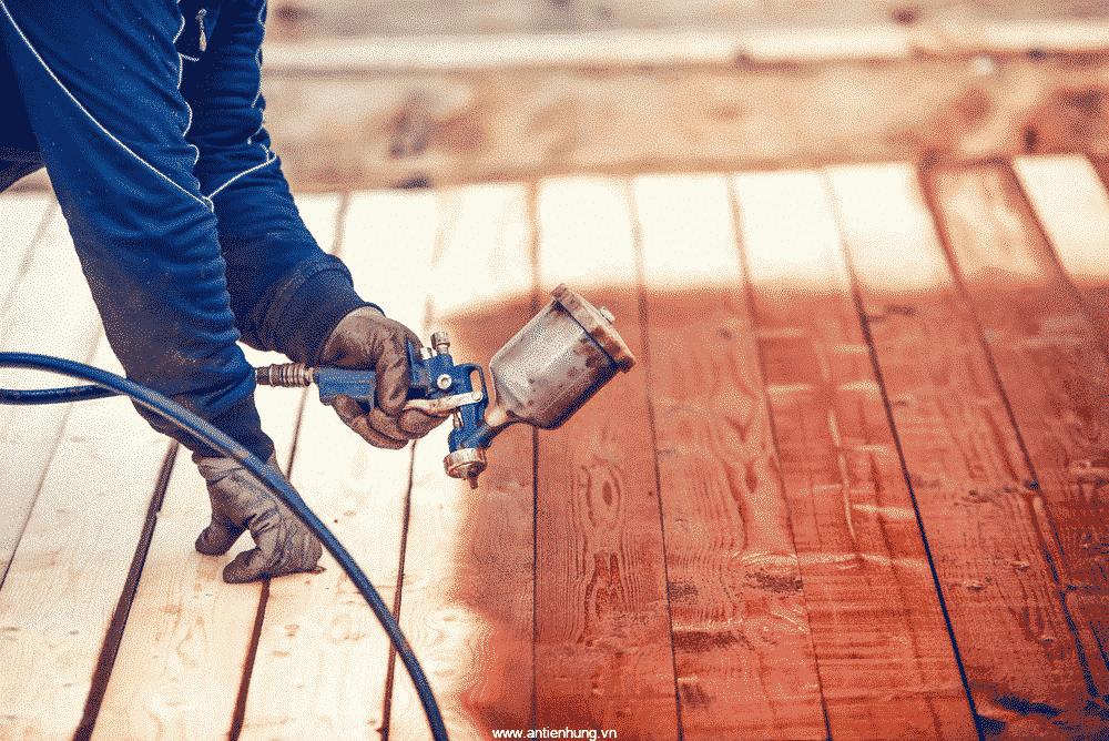 Sơn gỗ và kim loại Alkyd Primer (20 lít) sử dụng thường xuyên trong ngành gỗ