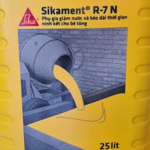 Phụ gia bê tông hỗ trợ phát triển cường độ sớm tháo dỡ ván khuôn 7 ngày Sikament R7-N can 25L