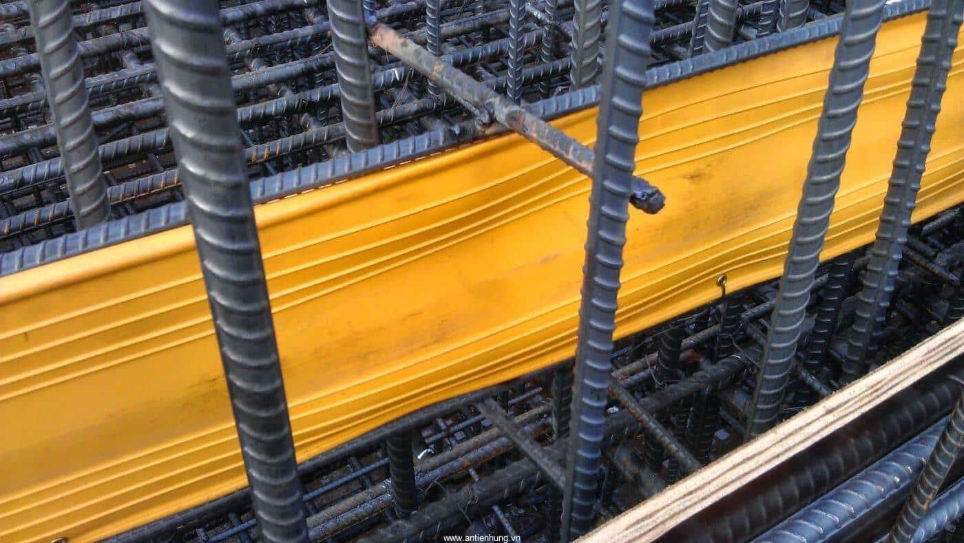 Thi công lắp đặt Băng cản nước PVC Vinstop V200C