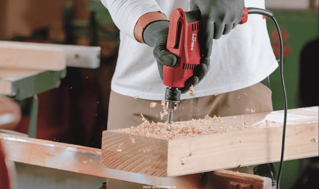 Máy khoan đa năng Hilti UD 4 khoan gỗ