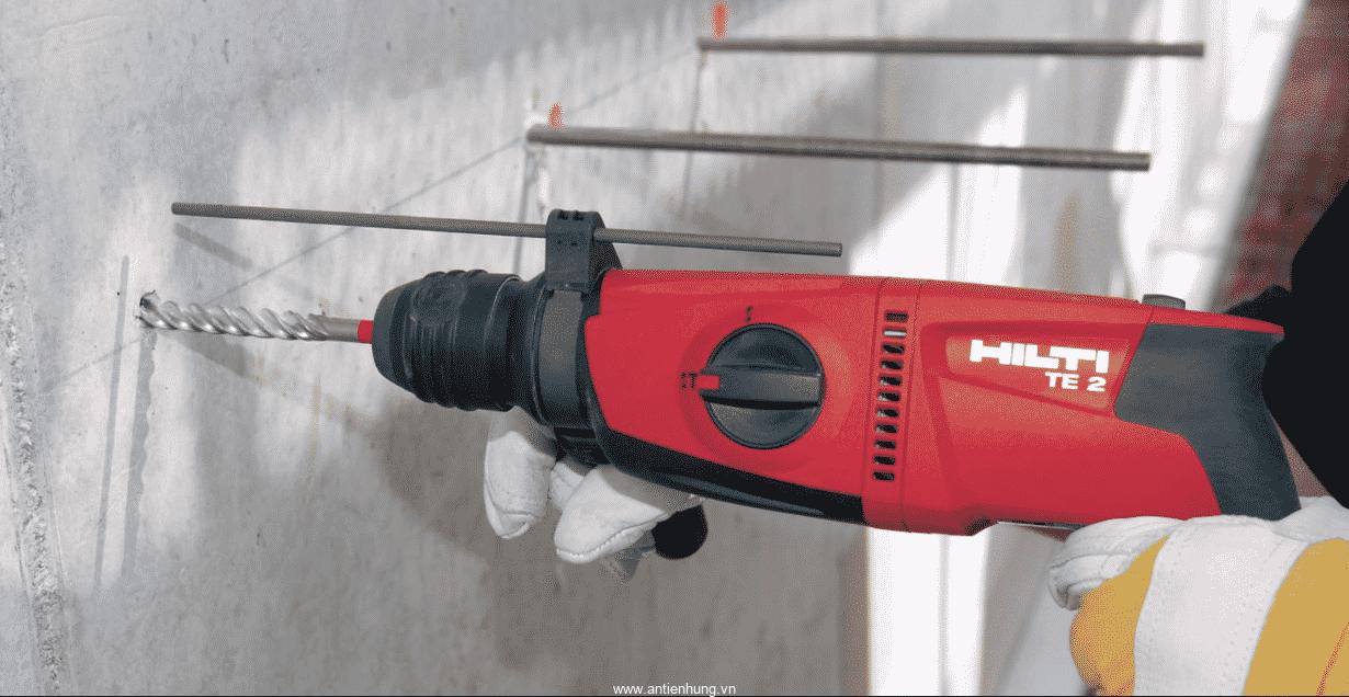 sử dụng Máy khoan búa Hilti TE 2